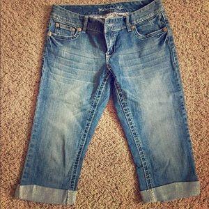 Maurice's Capri jeans! Excellent condition! 🌹